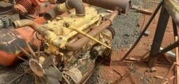 Vende-se Motor modelo MB 352 completo