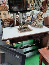 Mesa Escrivaninha Imbuia R$ 980,00