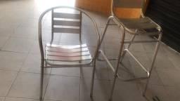 Cadeira de alumínio com mesas