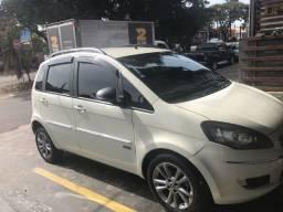 Fiat ideia essence 2016