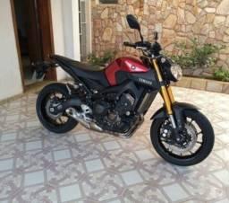 Moto MT 09