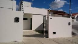 Casa com 2 quartos sendo 1 suíte no Santa Rosa em Campina Grande