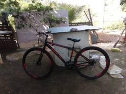 Bicicleta KLS, quadro em aço carbono 21 marchas, aro 29, freio à disco, pouquíssimo usada!