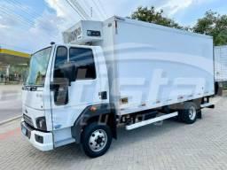 Título do anúncio: Ford Cargo 816 S 2019 - Bau refrigerado 5m - Ar condicionado