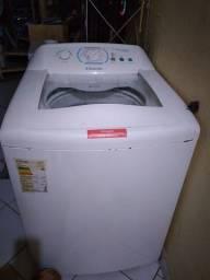 Máquina de Lavar Electrolux