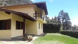 Título do anúncio: Casa com 5 dormitórios à venda, 255 m² por R$ 1.200.000,00 - Comary - Teresópolis/RJ