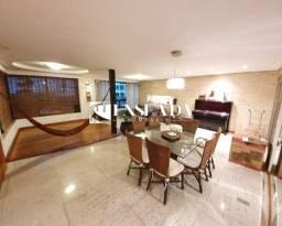 Lindo Apartamento na Praia do Canto! Todo Reformado com 5 Quartos e 4 Suites