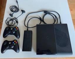 Xbox 360 Slim Travada + 6 Jogos, 2 Manetes, Kinect