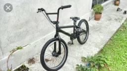 Bicicleta a venda. Bike GTS b2