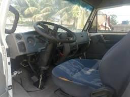 Caminhão VW 7.110S turbo - 1990