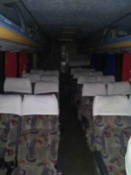 Micro ônibus 23 lugares com banheiro - 2002