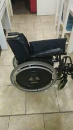 Cadeira de rodas em ótimo estado da ortrobrás