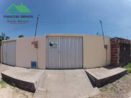 Casa simples de três quartos bem localizada em Paracuru