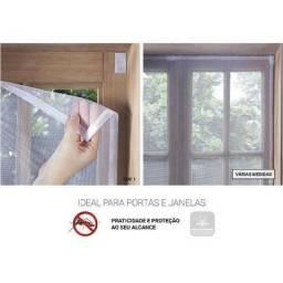 Protetor de Janela Contra Mosquitos com Velcro