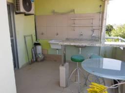 Lindíssimo apartamento duplex, mobiliado em condomínio em Stella Maris