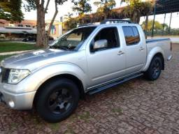 Nissan Frontier xe 4X2 Attack
