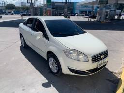Fiat Linea completo 2015 automático