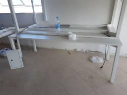 Mesa de escritório/reuniões usada na cor branca