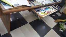 Mesa Escritório Cerejeira-1,96 x 1,00-Tampo Vidro 5mm-Gaveta Correr Escamoteavel-R$ 185,00