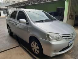 Etios Sedan 1.5 2013 FLEX COMPLETO COURO