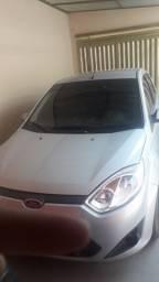 Ford Fiesta 1.6 hatch pra vender