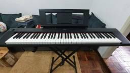 Vende se Piano Digital Yamaha NP 32