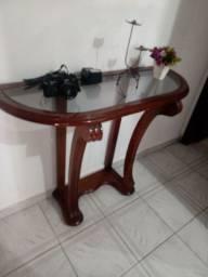 Desapego. Mesas e estátua de bronze