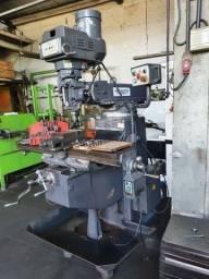 Fresadora Ferramenteira MillMaster ISO 40 equipada - Frezadora - Fresa