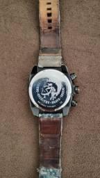 Relógio diesel dz4324 só dinheiro