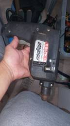 Furadeira Bosch R$160,00