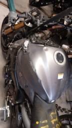 Sucata de moto para retirada de peças GSX S 1000 2017