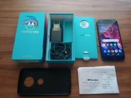 Celular Moto X4 32GB.
