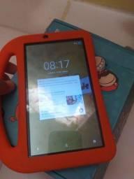 Tablet DL Kids Plus Tela 7, <br>De 230 por 100 reais