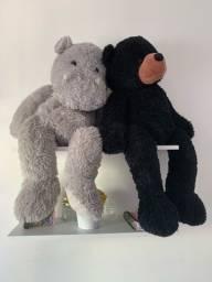 Hipopótamo e Urso de pelúcia