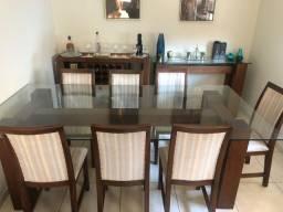 Título do anúncio: Mesa de jantar com 8 cadeiras e aparador