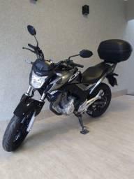 Título do anúncio: Vende-se Honda/CB250F Twister