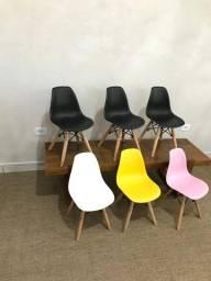 Título do anúncio: Cadeira Eames Wood Infantil