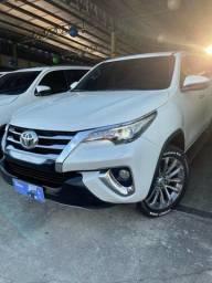 Toyota Hilux Cabine Dupla Hilux 2.8 srx  4x4 (Aut) 2019