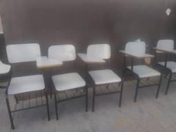 Cadeiras Universitária  Semi Novas