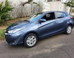 Toyota Yaris XL 1.3 16V azul 2019 baixo km