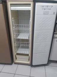 Freezer  Consol vertical 280lts 110 Watts .