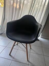 Título do anúncio: Cadeira retro com braço