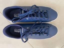 Tênis Adidas - Tam 39