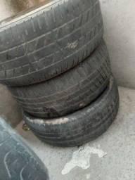 Pneu Vende-se pneus <br>215/60 r 17<br> medidas do pneu