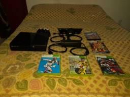 Console Xbox 360 Super Slim 250GB Kinect