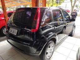 15- Ford Fiesta 1.6 Completo 2011