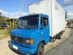 Vendo caminhão 710 2012