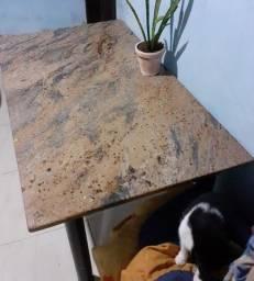 Título do anúncio: Mesa c/ tampo de mármore