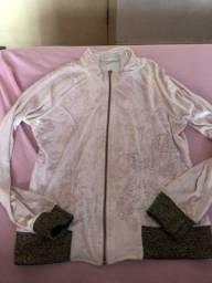 Jaquetinha de veludo molhado
