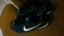 Tênis de futsal da Nike original